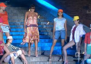 Alena Seredova dans Sfilata Di Moda - 06/06/05 - 4