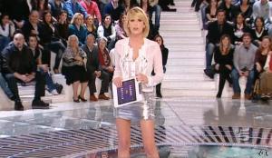 Alessia Marcuzzi dans Grande Fratello - 04/01/10 - 03