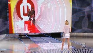 Alessia Marcuzzi dans Grande Fratello - 04/01/10 - 10