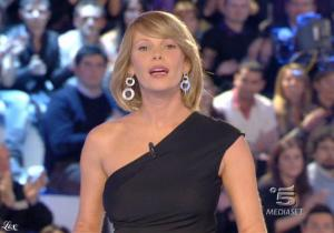 Alessia Marcuzzi dans Grande Fratello - 09/02/09 - 1