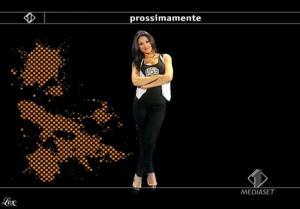 Anna Tatangelo dans Italia1 - 13/05/09 - 1