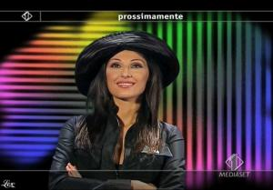 Anna Tatangelo dans Italia1 - 13/05/09 - 6