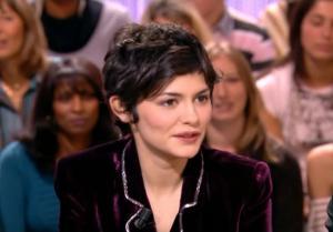 Audrey Tautou dans le Grand Journal De Canal Plus - 08/12/06 - 3