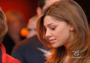 Belen Rodriguez dans Buona Domenica - 18/11/07 - 3