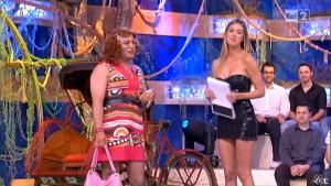 Belen Rodriguez, Cie et Stiamo Tutti Bene dans P1 - 11/06/10 - 2
