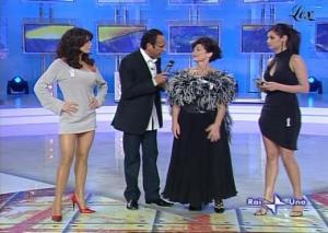 Carmen Di Pietro et Francesca Chillemi dans I Raccomandati - 16/11/04 - 5