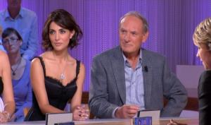 Caterina Murino dans le Grand Journal De Canal Plus - 06/10/08 - 2
