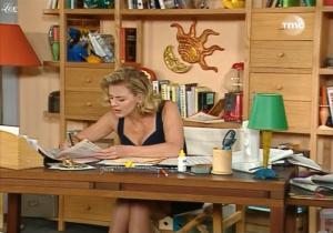 Cécile Auclert dans les Filles d'A Cote - 11/04/10 - 1