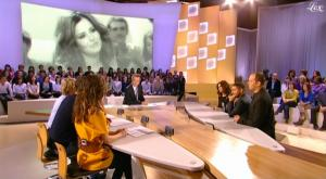 Cheryl Cole dans le Grand Journal De Canal Plus - 24/03/10 - 5