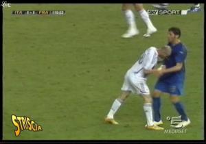 La-Maman-De-Zidane--Striscia-La-Notizia--30-09-06--6