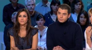 Elise Chassaing dans le Grand Journal De Canal Plus - 14/01/09 - 3