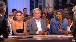 Eva Longoria dans le Grand Journal De Canal Plus - 13/05/10 - 3