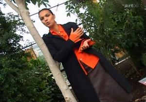 Isabelle-Giordano--Lola--06-09-04--3
