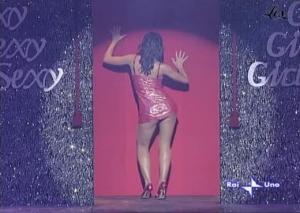 Julia-Smith--Ballato--Il-Cielo-E-Sempre-Piu-Blu--27-11-04--1