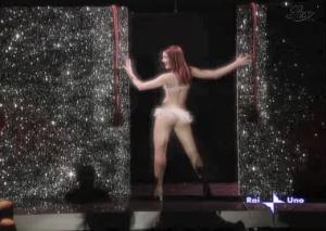 Julia-Smith--Il-Cielo-E-Sempre-Piu-Blu--30-10-04--4