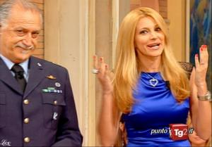 Adriana Volpe dans I Fatti Vostri - 06/05/10 - 04
