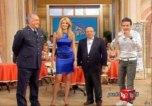 Adriana Volpe dans I Fatti Vostri - 06/05/10 - 06
