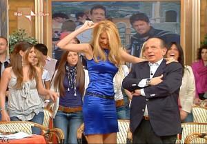 Adriana Volpe dans I Fatti Vostri - 06/05/10 - 22