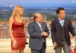 Adriana Volpe dans I Fatti Vostri - 18/12/09 - 02