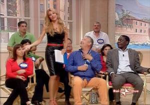 Adriana Volpe dans In Famiglia - 14/10/06 - 47