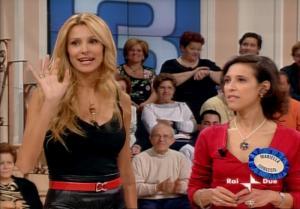 Adriana Volpe dans In Famiglia - 14/10/06 - 61
