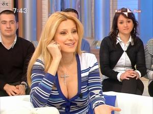 Adriana Volpe dans Mattina In Famiglia - 20/02/09 - 11