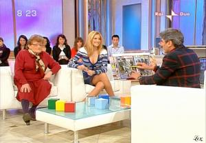 Adriana Volpe dans Mattina In Famiglia - 20/02/09 - 21
