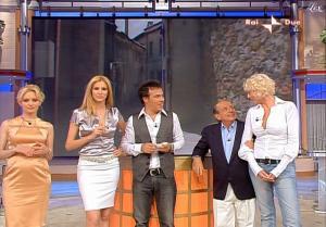 Adriana Volpe dans Mezzogiorno In Famiglia - 06/06/09 - 11