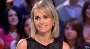 Laetitia-Hallyday--Le-Grand-Journal-De-Canal-Plus--08-12-08--2