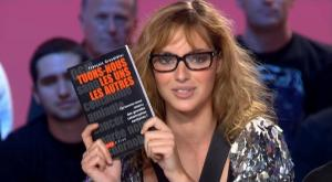 Louise-Bourgoin--Le-Grand-Journal-De-Canal-Plus--12-09-08--1