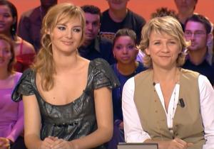 Louise Bourgoin et Meteo dans le Grand Journal De Canal Plus - 29/02/08 - 3