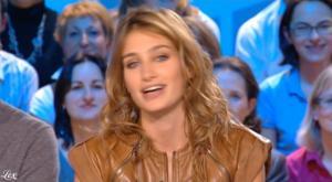Pauline Lefèvre dans le Grand Journal De Canal Plus - 05/11/09 - 2