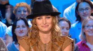 Pauline Lefèvre dans le Grand Journal De Canal Plus - 05/11/09 - 3