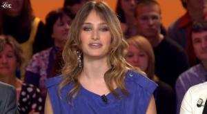 Pauline Lefèvre dans le Grand Journal De Canal Plus - 10/04/09 - 3