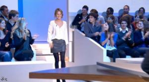 Pauline Lefèvre dans le Grand Journal De Canal Plus - 23/10/09 - 1