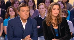 Sandrine Quétier dans le Grand Journal De Canal Plus - 19/11/09 - 3