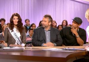 Sophie Vouzelaud dans le Grand Journal De Canal Plus - 12/12/06 - 1