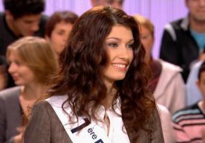 Sophie Vouzelaud dans le Grand Journal De Canal Plus - 12/12/06 - 2