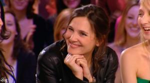 Virginie Ledoyen dans le Grand Journal De Canal Plus - 08/03/10 - 4