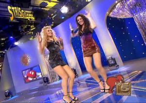 Le-Veline--Lucia-Galeone--Vera-Atyushkina--Striscia-La-Notizia--20-11-04--3
