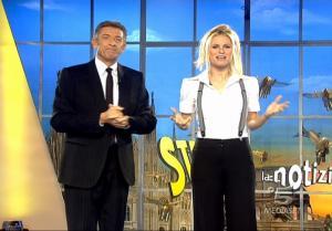Michelle Hunziker dans Striscia La Notizia - 31/01/08 - 3