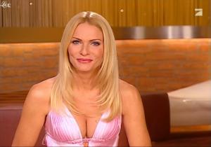 Sonya-Kraus--Talk-Talk-Talk--31-12-09--1