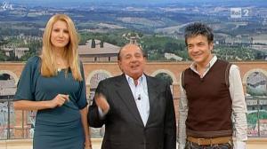 Adriana Volpe dans I Fatti Vostri - 21/12/10 - 1