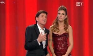 Elisabetta Canalis dans San Remo - 18/02/11 - 12