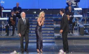 Michelle Hunziker dans 51 Premio TV - 20/03/11 - 3