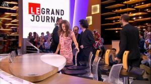 Alice David dans le Grand Journal de Canal Plus - 12/07/12 - 01