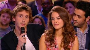 Alice David dans le Grand Journal de Canal Plus - 12/07/12 - 02