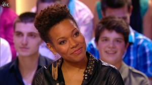 China Moses dans le Grand Journal de Canal Plus - 10/05/12 - 01