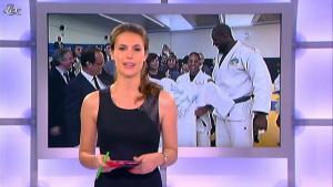 Emilie Besse dans le JT de Canal Plus - 16/07/12 - 01