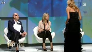 Heidi Klum dans Germany s Next Top Model - 26/04/12 - 13